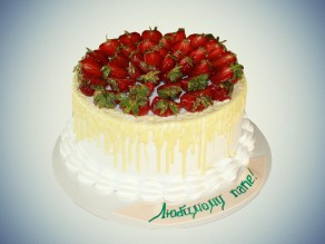 Чижо Нежный торт с клубникой